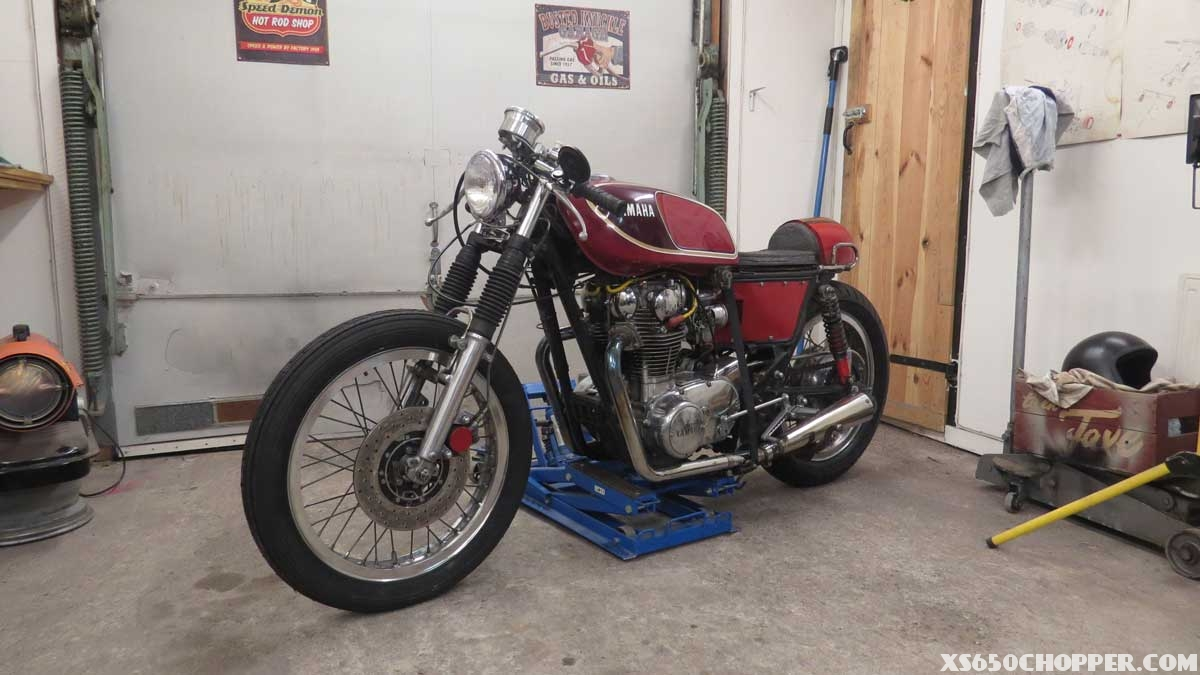 xs-650-red