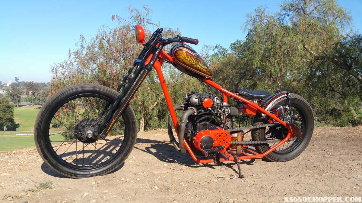 custom-frame-xs650-devil-3