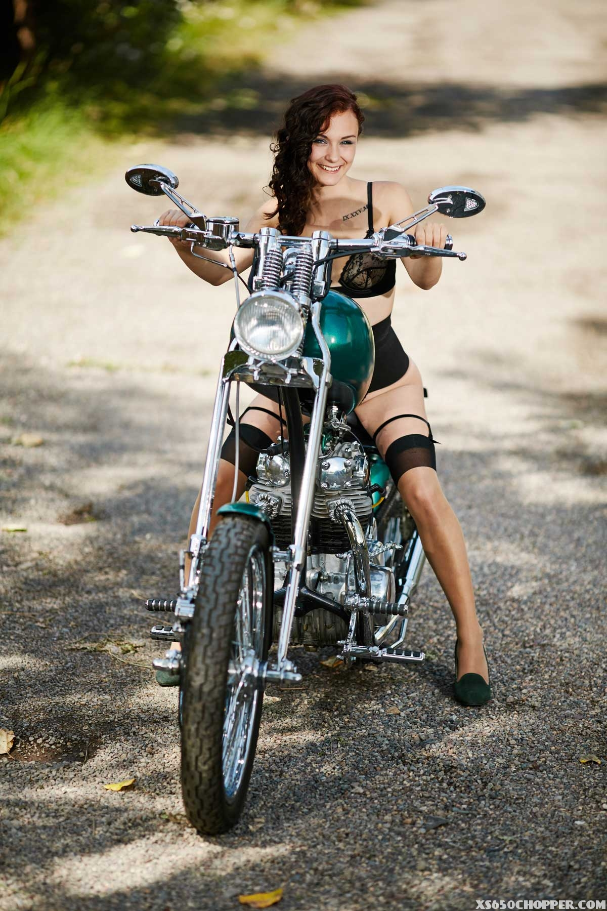 sicsfidy-front-view-cassidy-carter-xs650-7